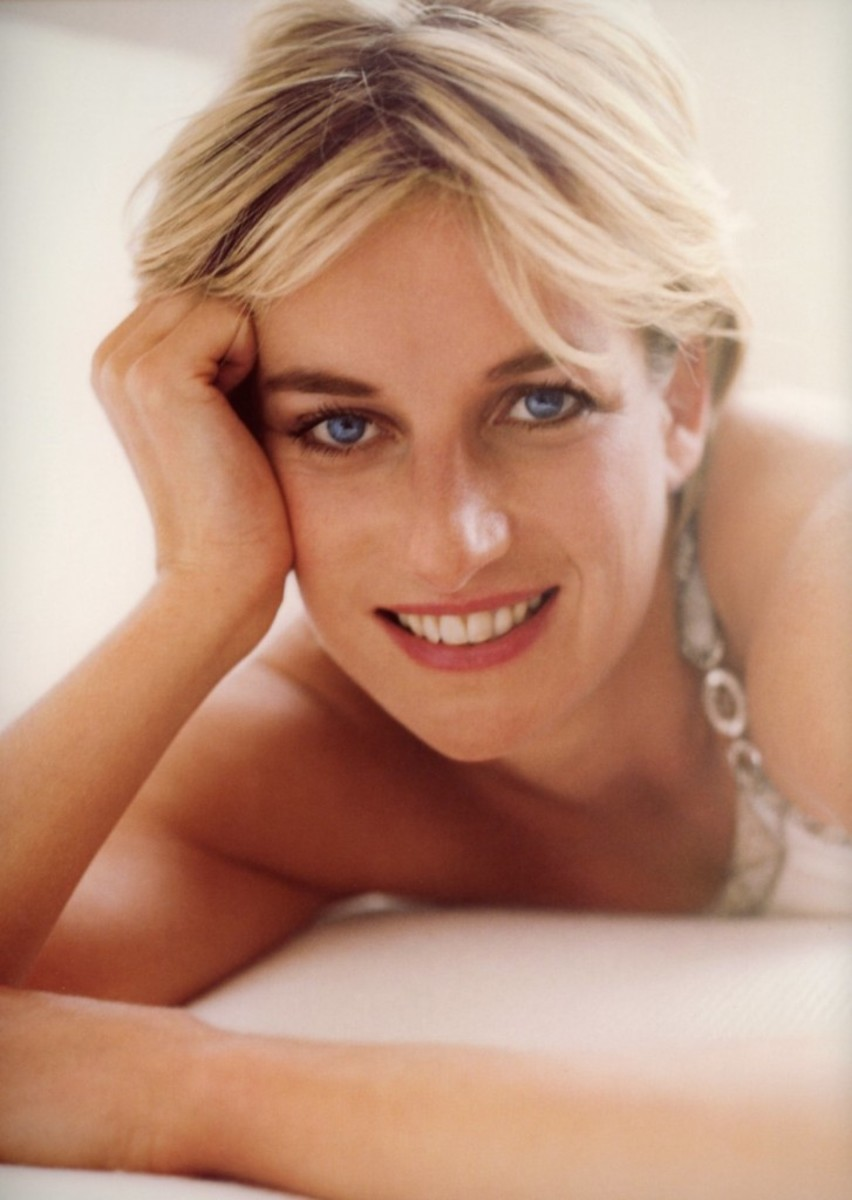 Princess Diana, a Biography