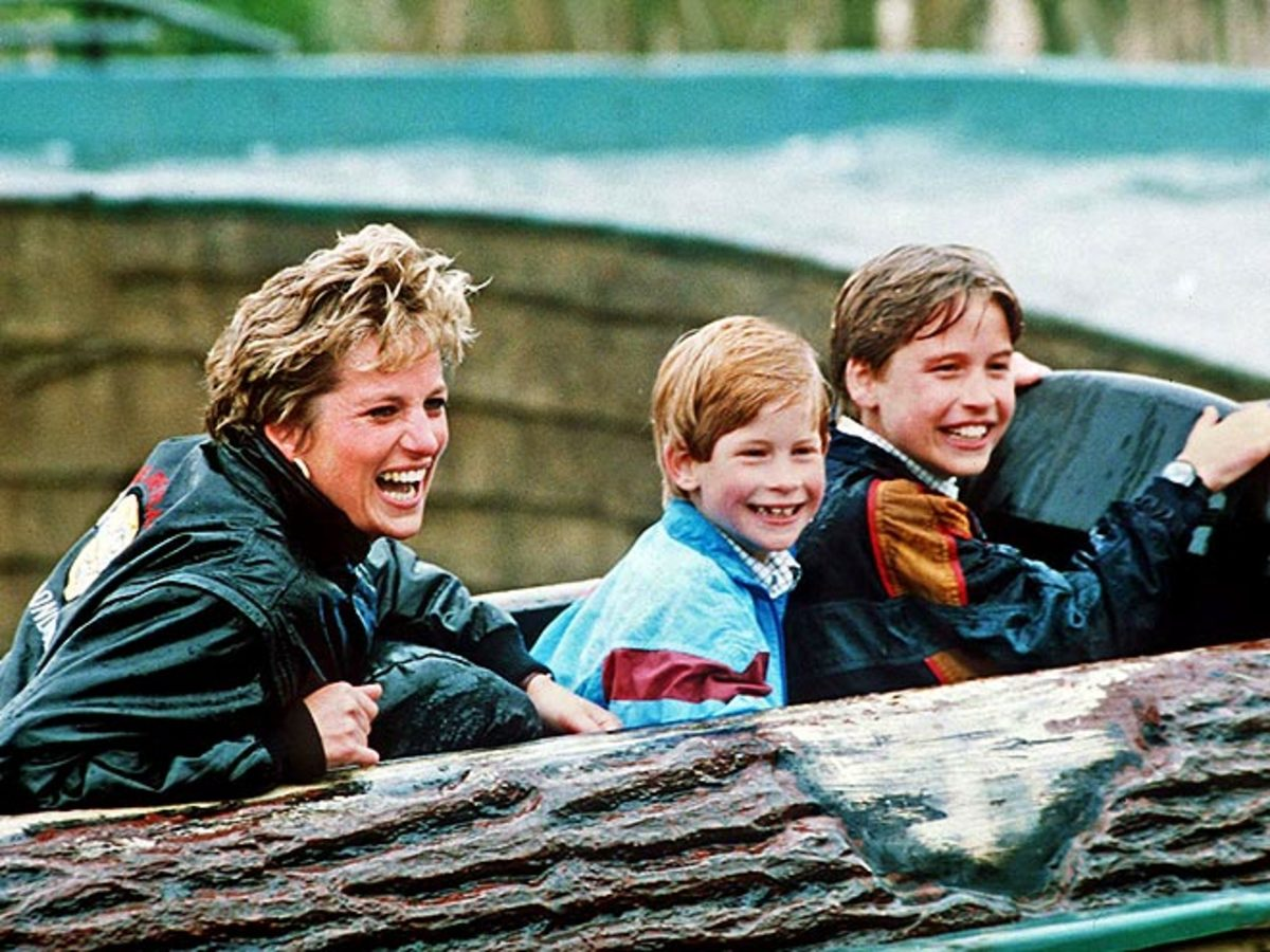 Diana with William & Harry at Britain amusement park, Thorpe Park, in 1993.