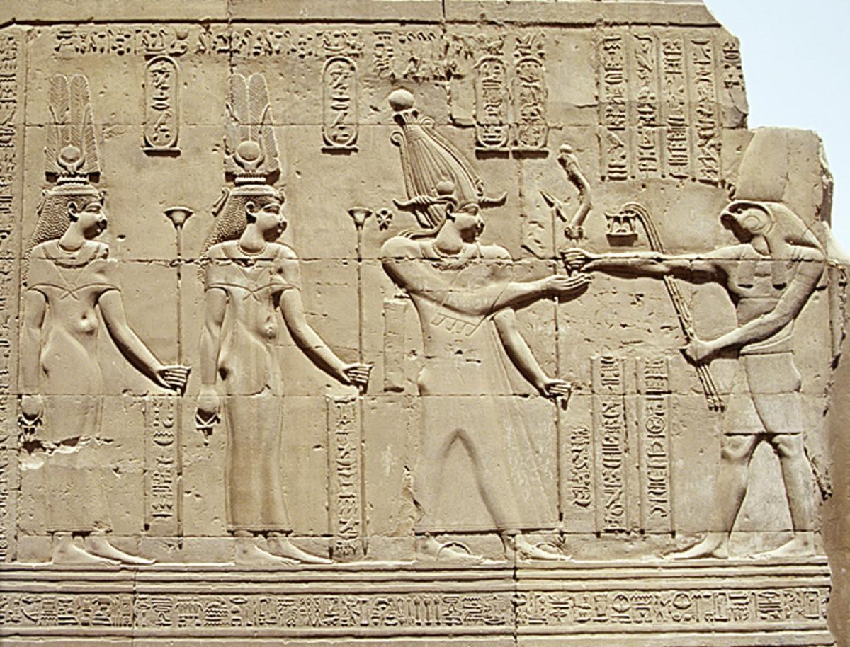 Cleopatra II, Cleopatra III, Ptolemy VIII and Horus