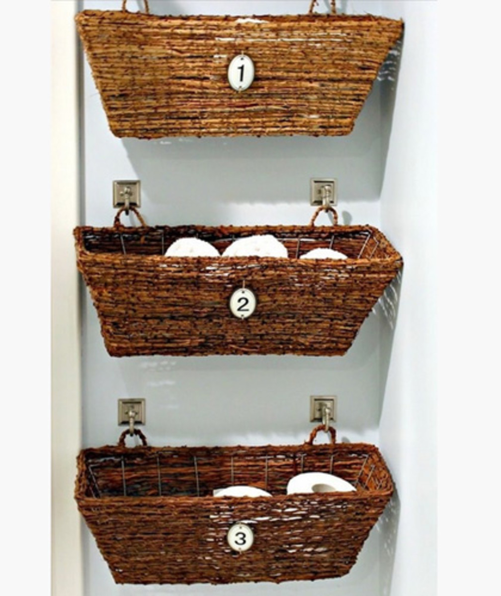 Bathroom Window Storage | Easy Organization Ideas for the Home
