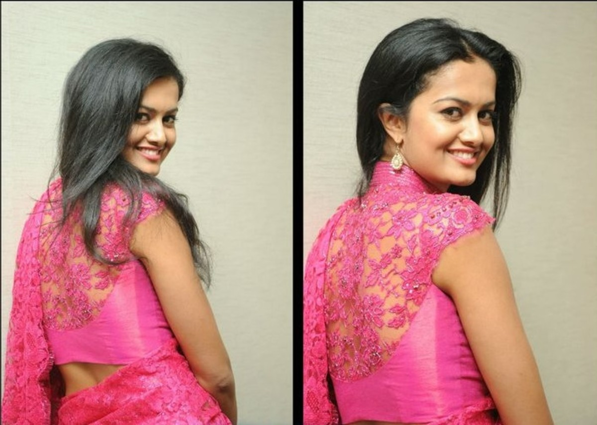 Curtained back saree blouse. Hot Pink flower patterned lace saree blouse design.
