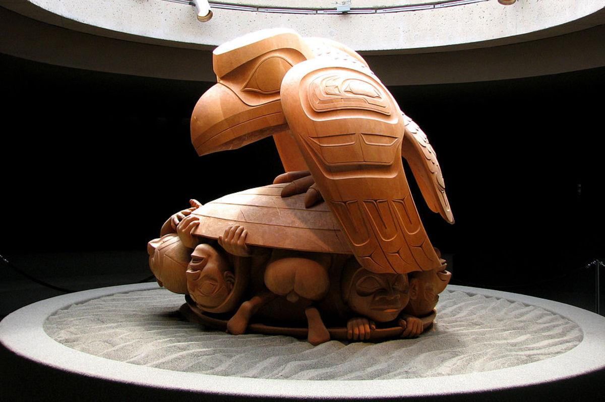 Sculpture by Bill Reid showing Raven releasing first men from a cockle shell. Bill Reid is an artist from the T'anuu (Haida)  Raven/Wolf Clan.