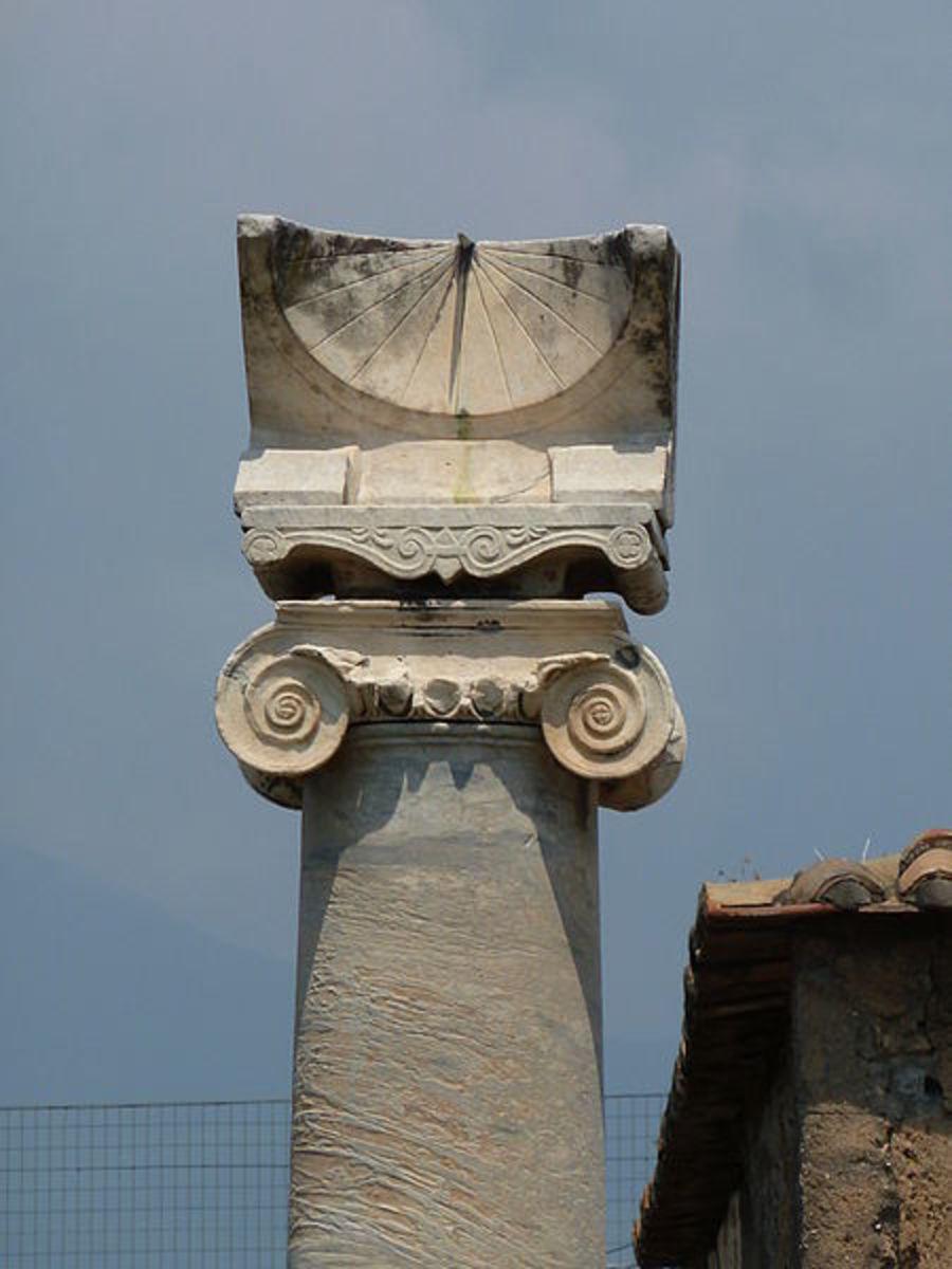 Sundial from the Temple of Apollo, Pompeii