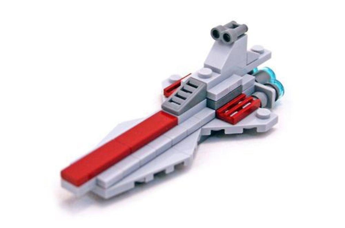 LEGO Star Wars Vector Class Republic Attack Cruiser 30053 Assembled