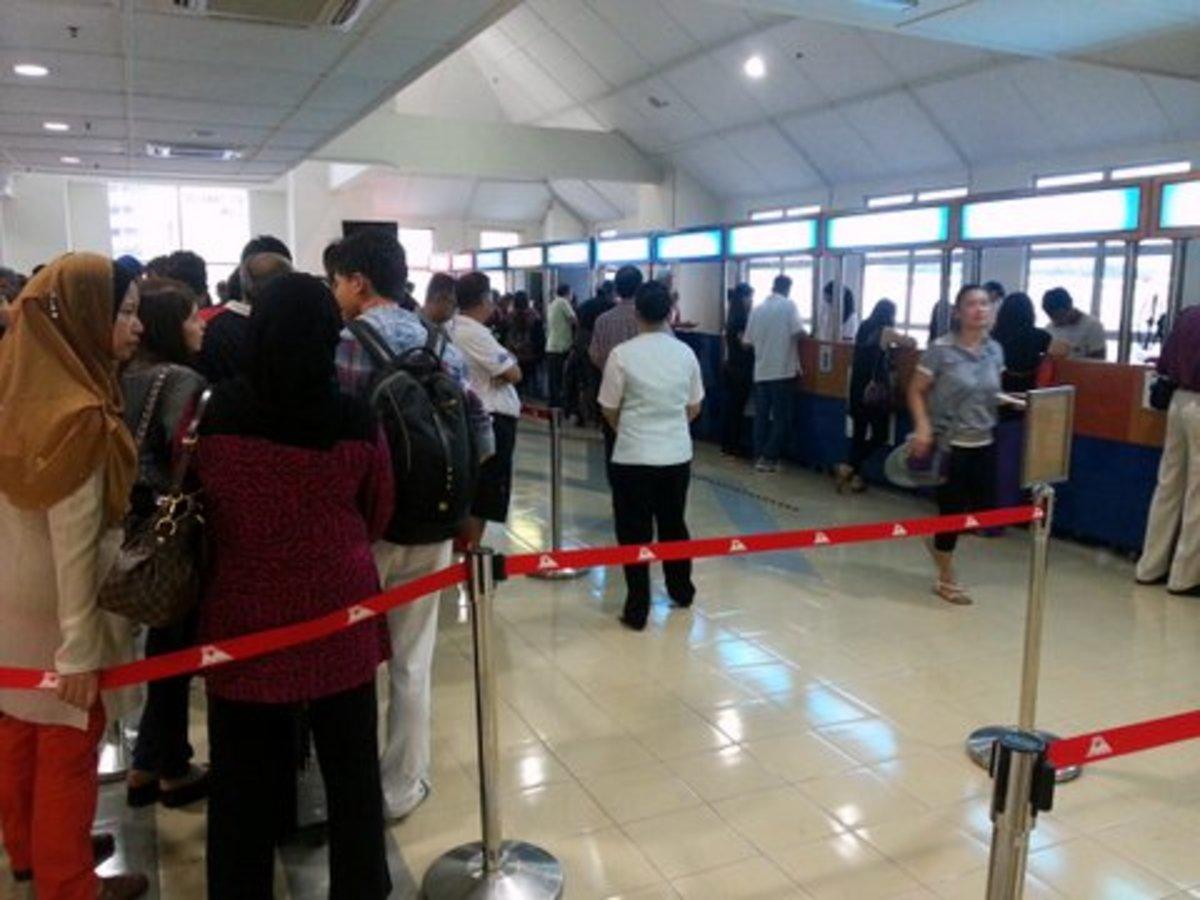 Check In at Swettenham Terminal Penang before boarding Star Cruise Superstar Libra