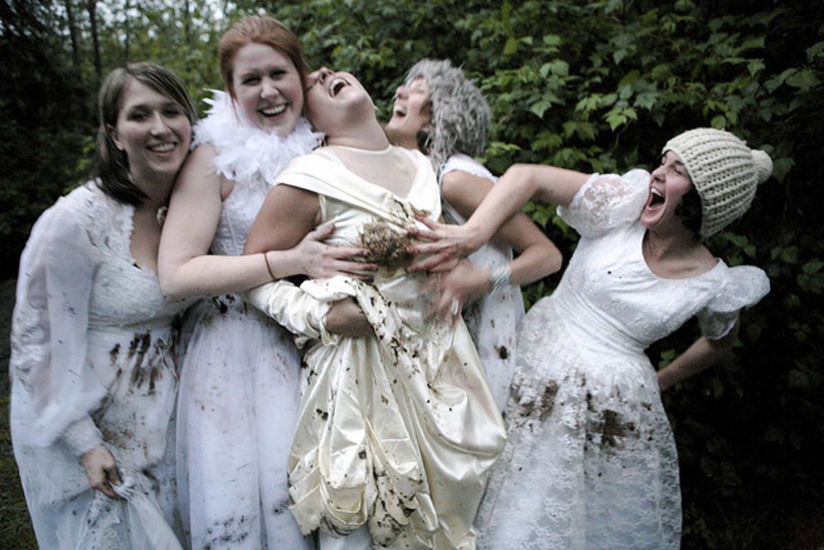 Trash the Wedding Dress Divorce Party Game