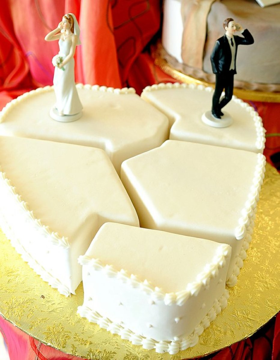 His and Hers Divorce Cake