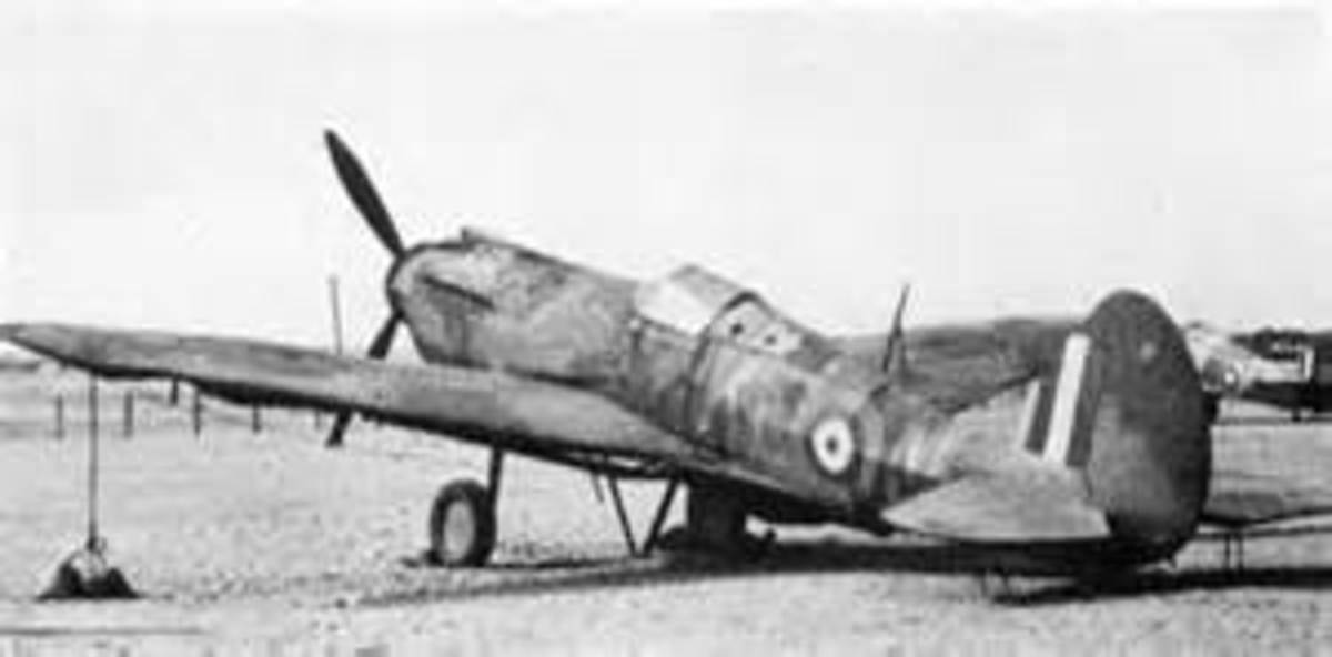 Dummy aircraft for decoy airfields