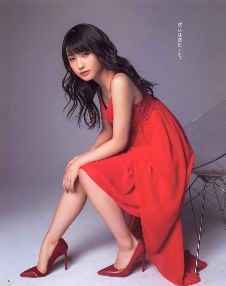riho-sayashi-the-former-morning-musume-girl-stage-actress-and-bikini-model