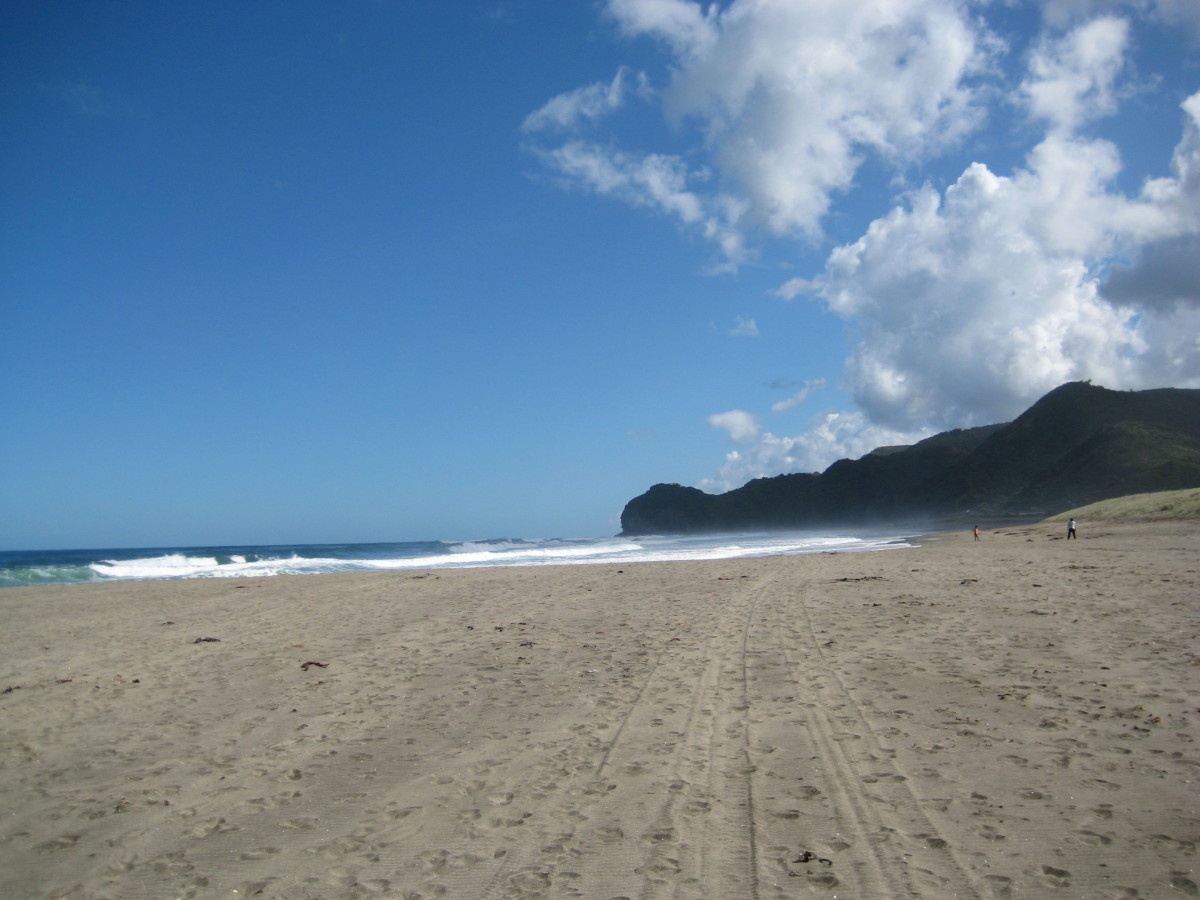 piha-beach-new-zealand-foto-story