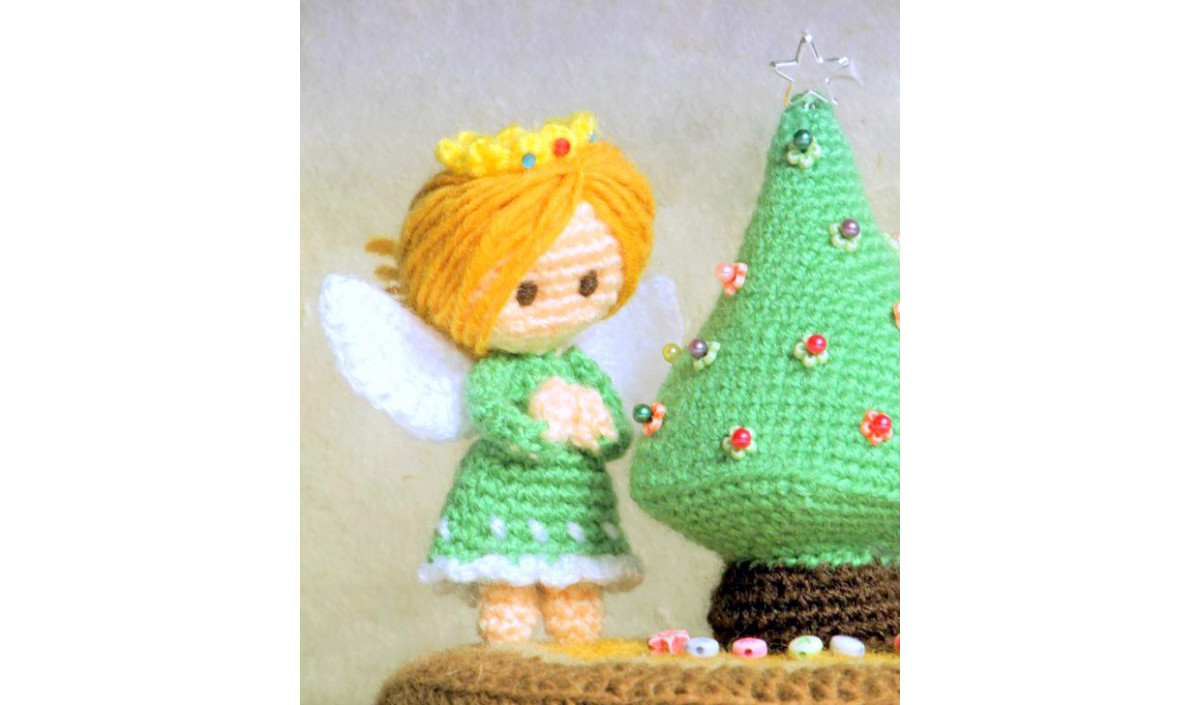 Amigurumi Nativity Free Download : Free amigurumi christmas angel patterns hubpages