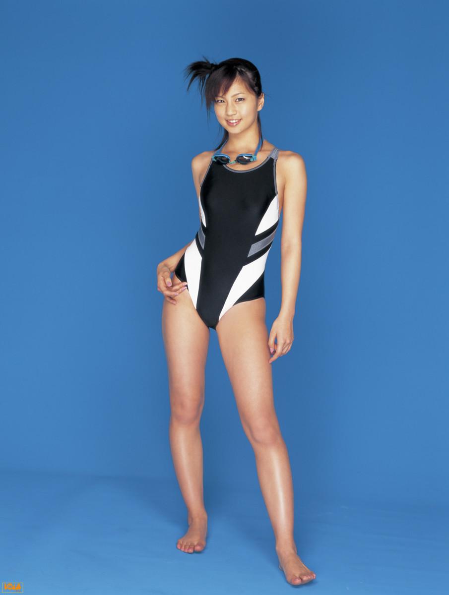 misako-yasuda-japanese-actress-former-fashion-model