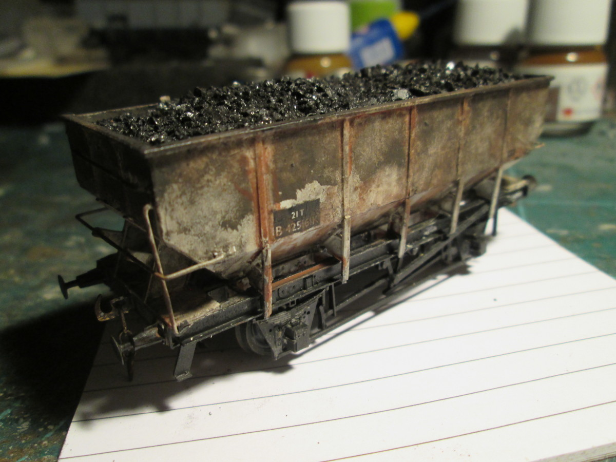 ... And from the other side, with a lot of rust and 'dirt'. This is one wagon that hasn't been back for upgrade or repair since the build year (1952)