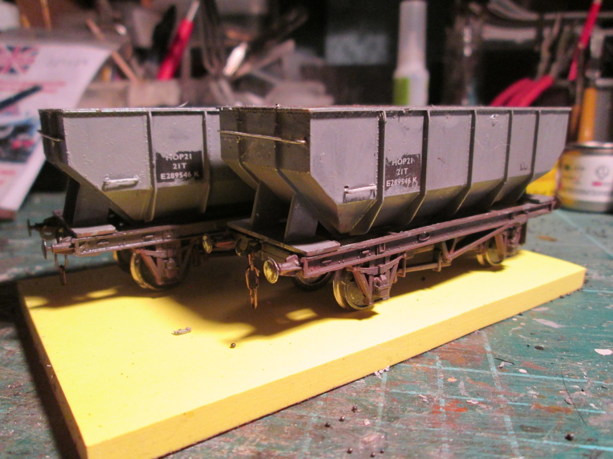Side view with the 'staple' handrails...