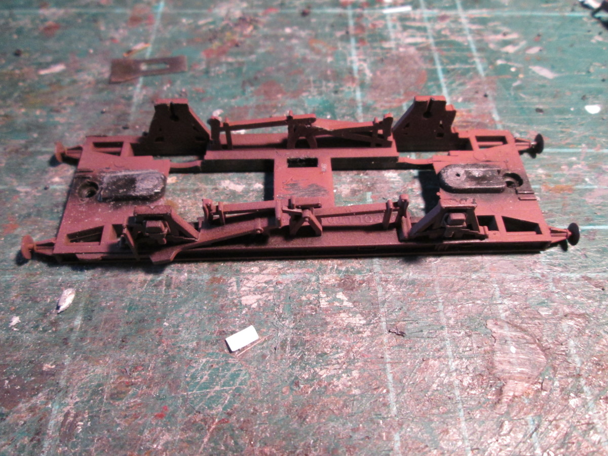 The underframe minus hopper body and wheels from the underside...