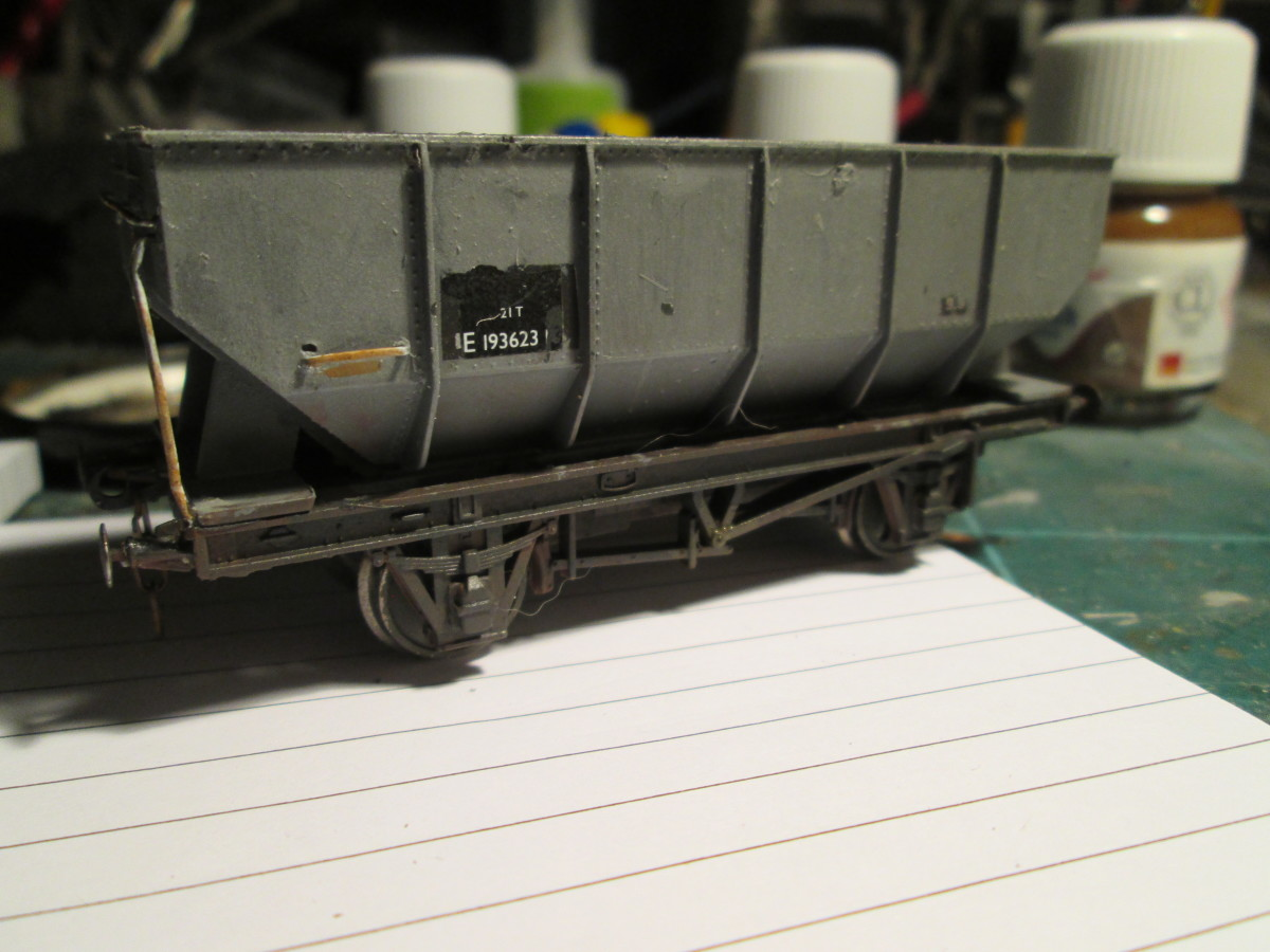 Also lightly weathered - in contrast to other hopper wagons in the 'fleet'. I may come back to this one later