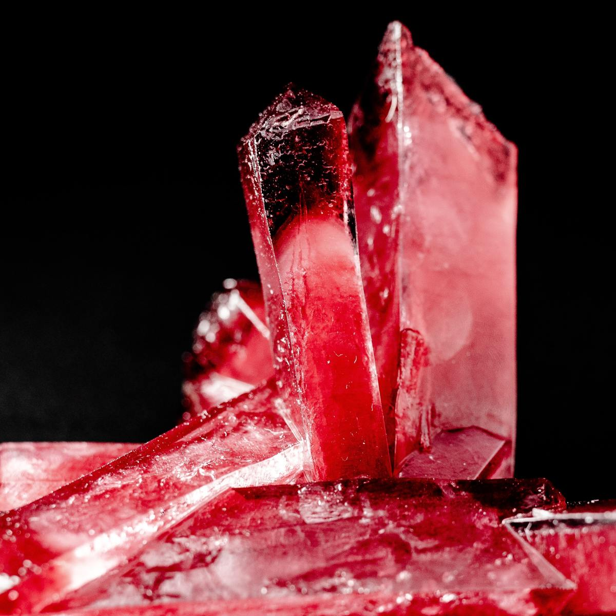 A sample of cracked red quartz.