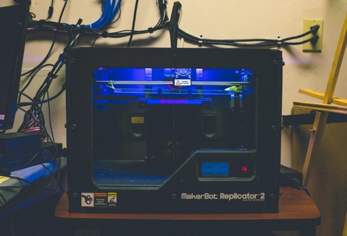 Commercial desktop 3D printer