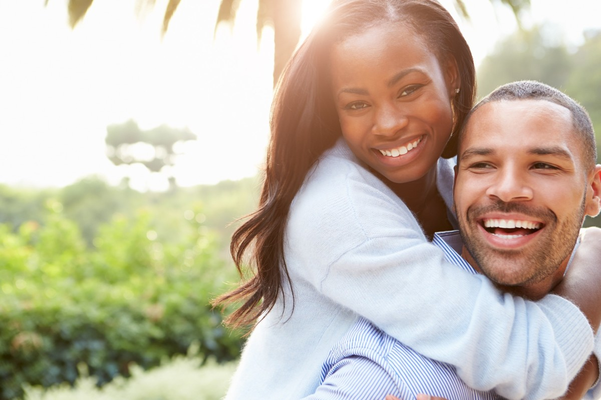 How to Tell If Your Husband Is Still Attracted to You
