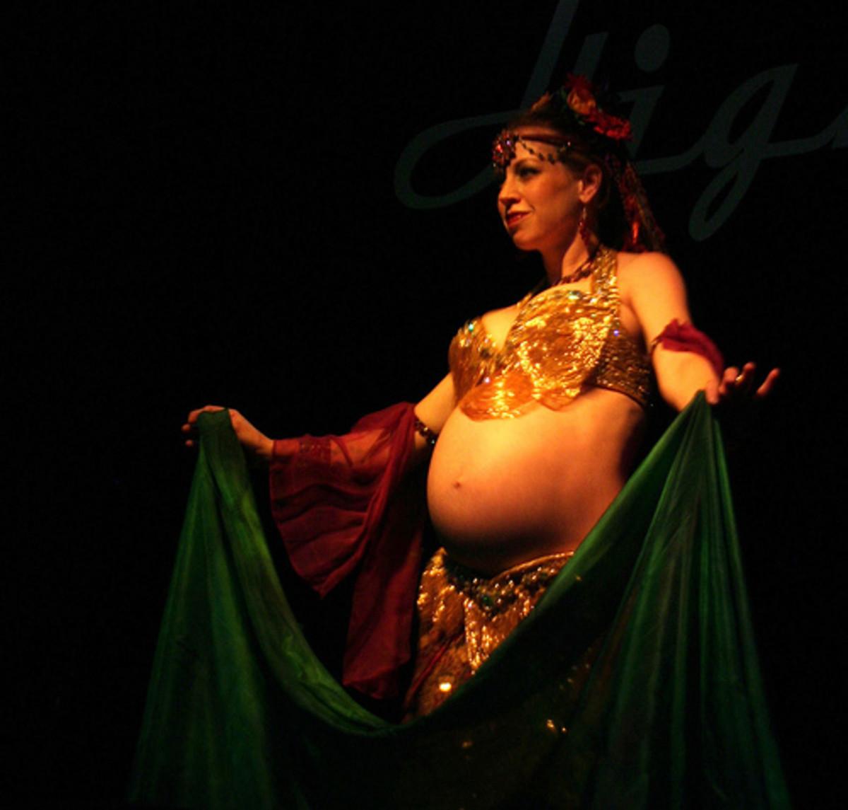 belly-dancing-for-pregnancy