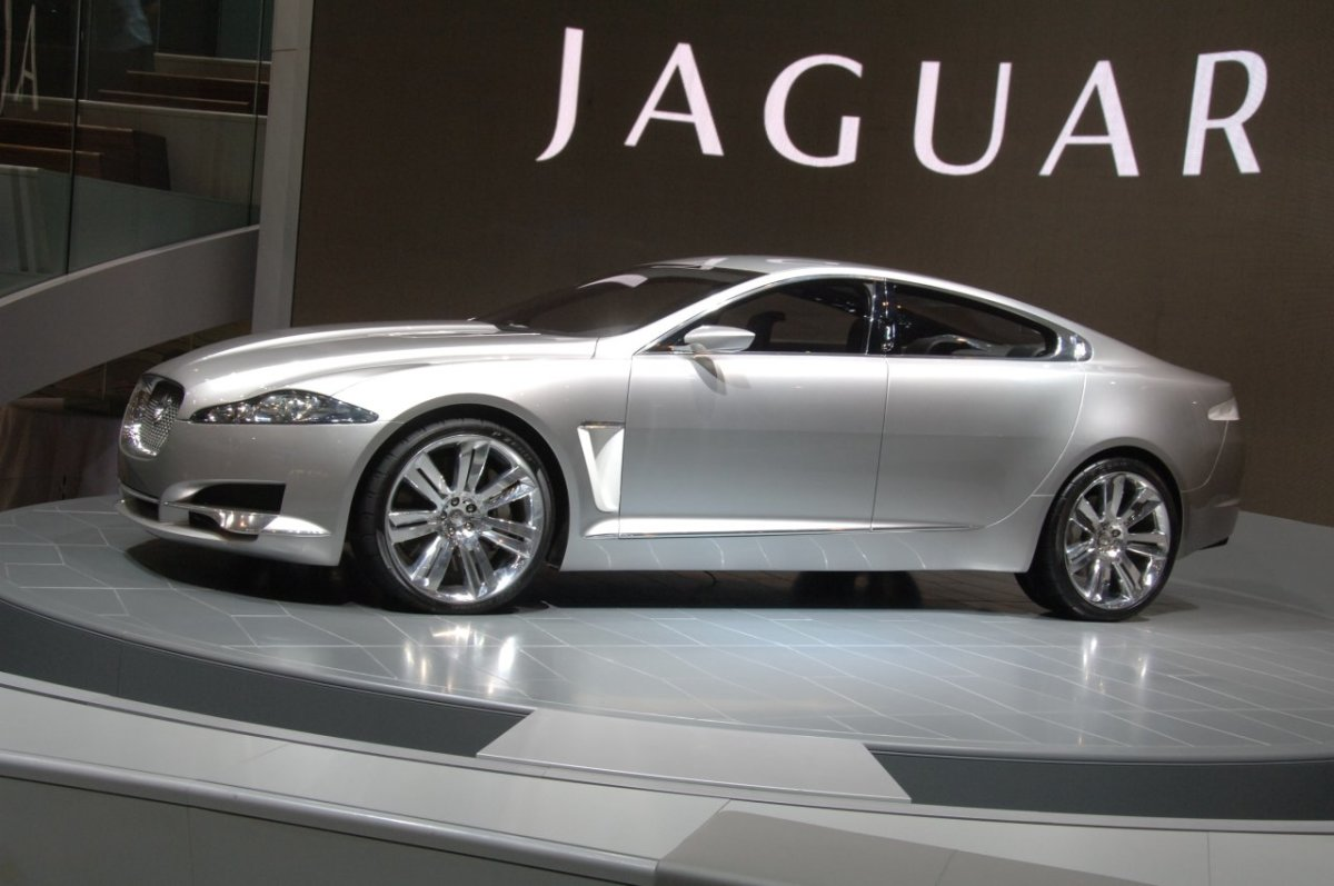 The New Jaguar XF - James Bond's Latest Drive
