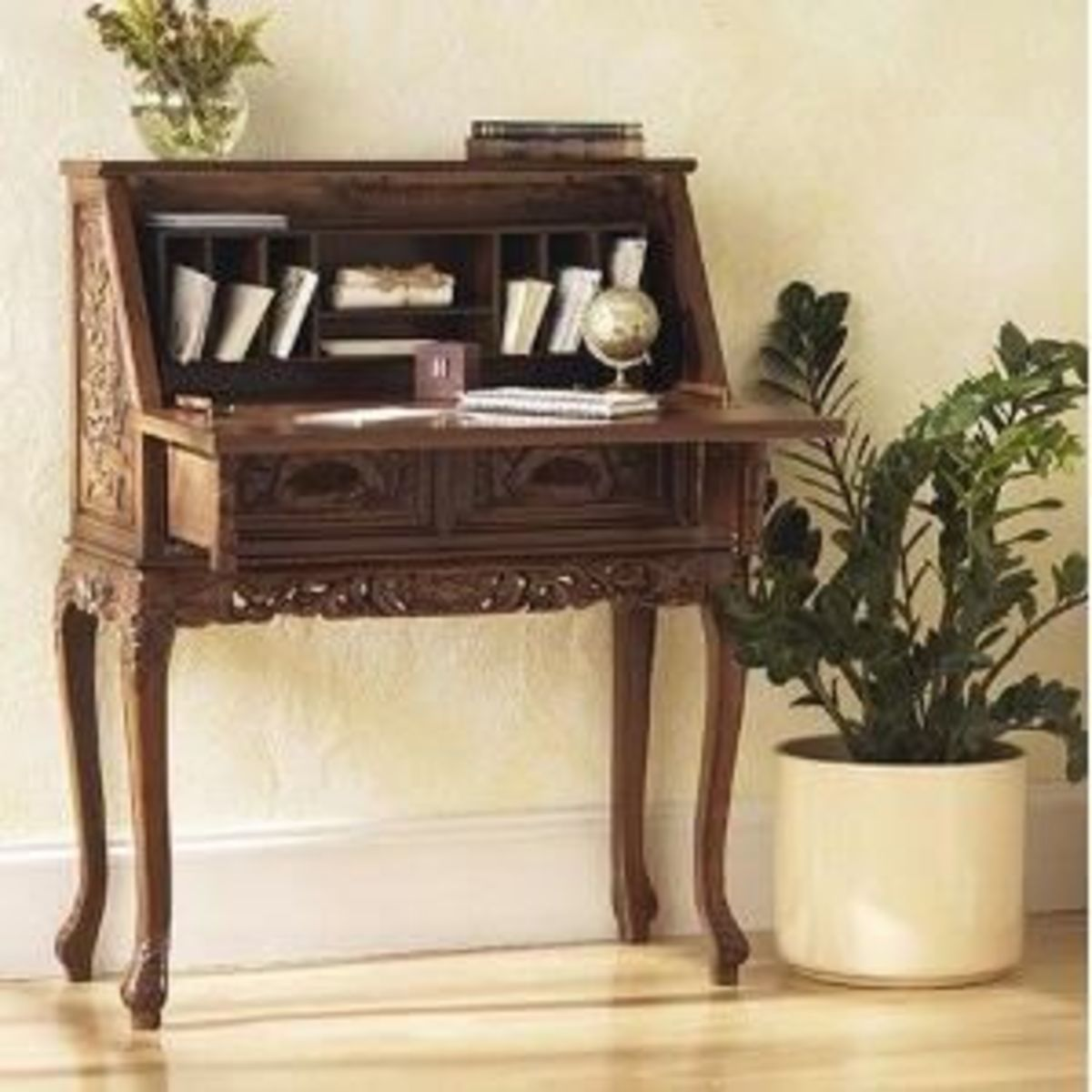 Picture of a Beautiful Solid Wood Office Desk