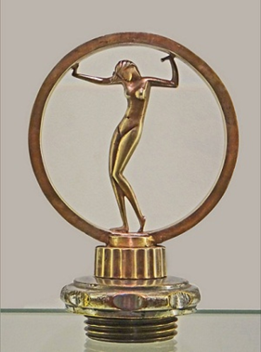 An Art Deco radiator cap for a motor car