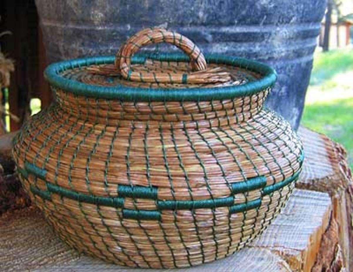 funny-river-trading-pine-needle-basket.jpg