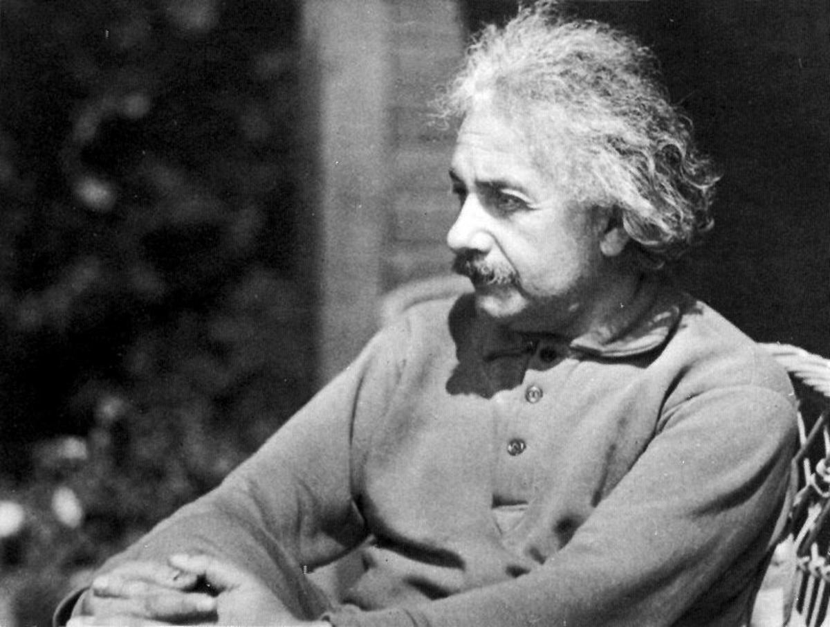 Introduction to Albert Einstein
