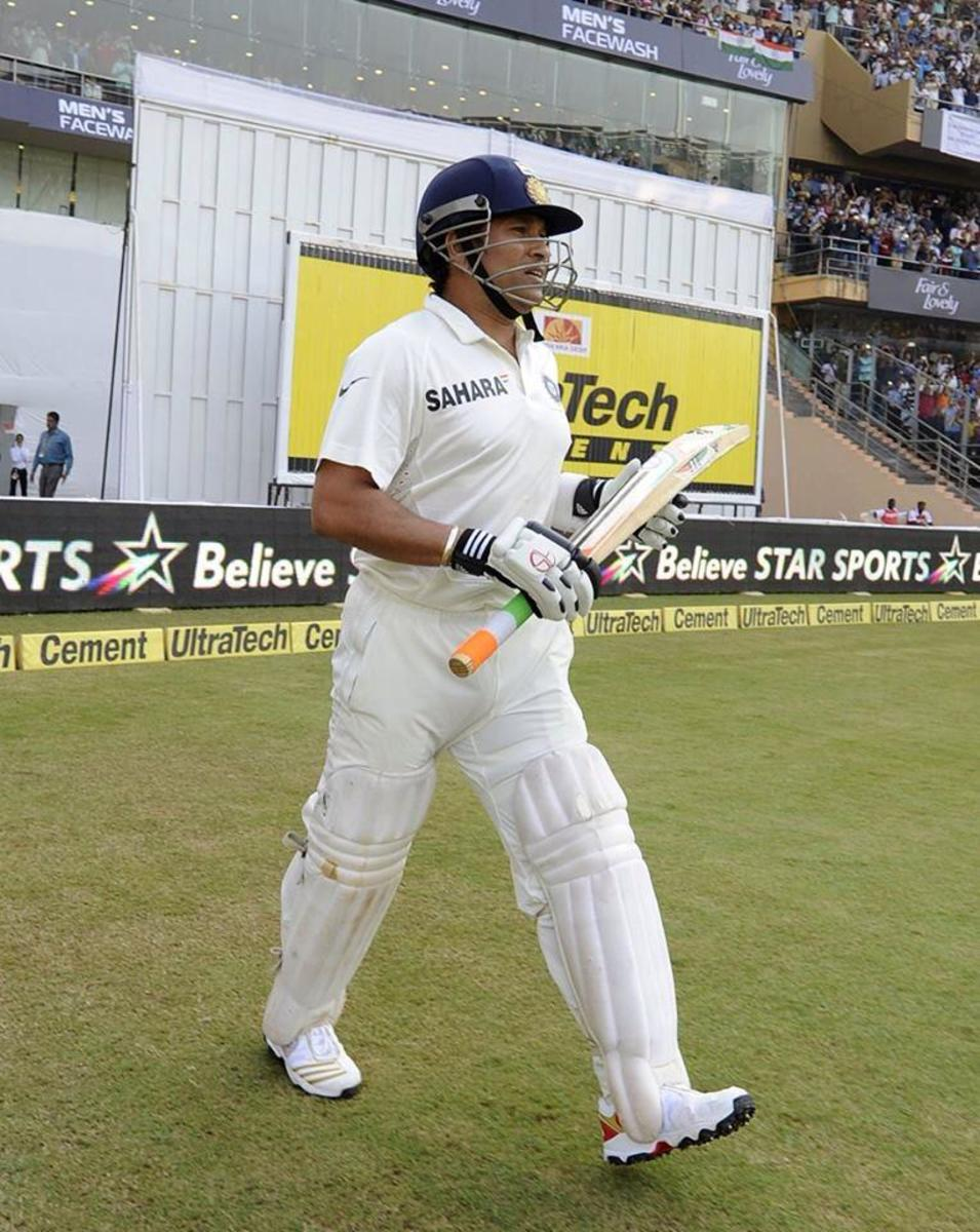 #sachin's final match: coming out to bat for his last match