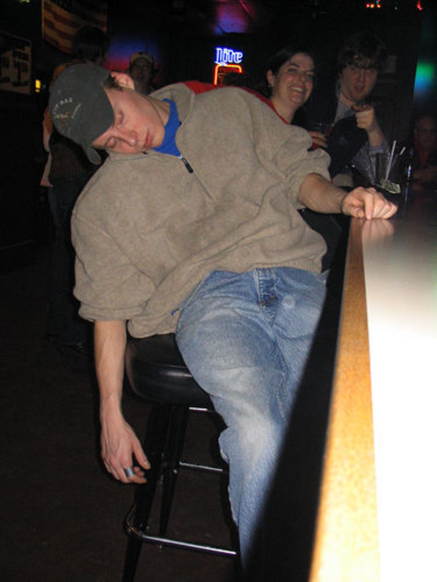 Drunk Last Night and Can't Remember? Understand Blackouts and Learn What Causes Alcohol Related Memory Loss