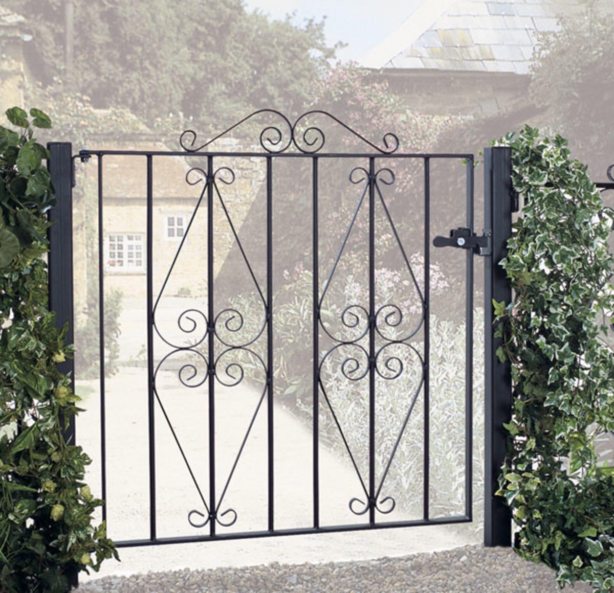 Wrought Iron gates - Single iron gates - Stirling gate