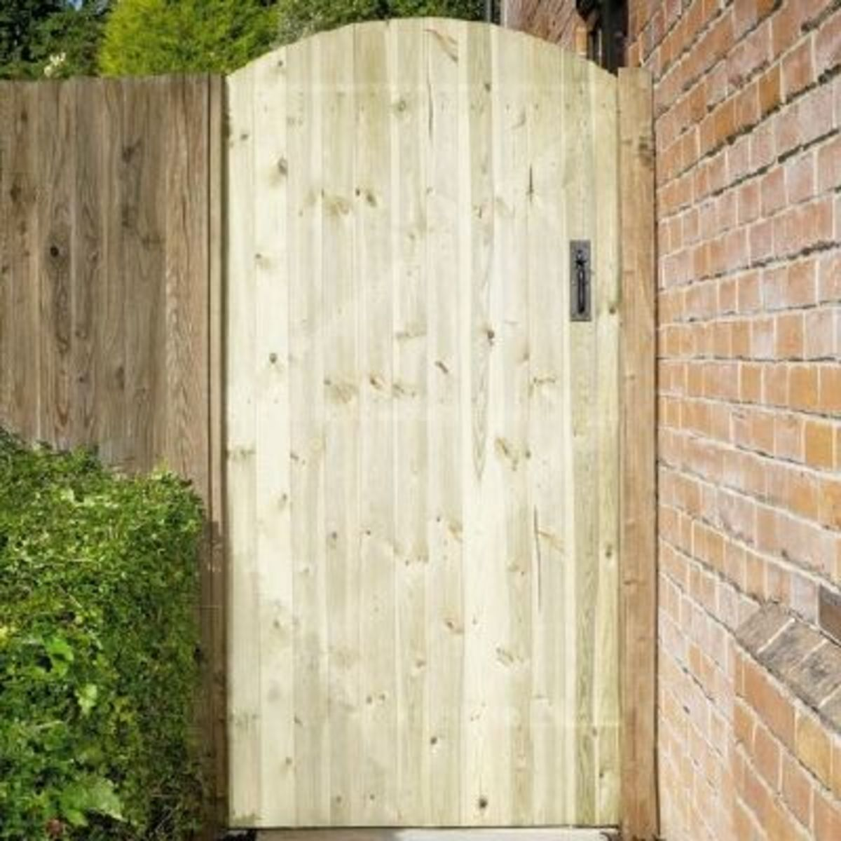 Wooden gates - Tall single side entrance wooden gates - Oxford gate