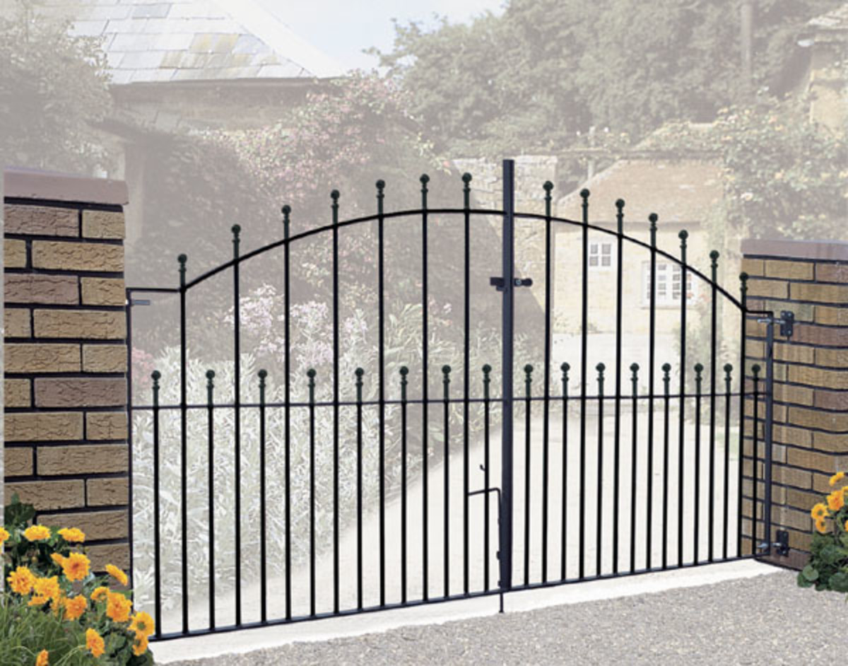 Wrought Iron gates - Iron driveway gates - Manor double gate
