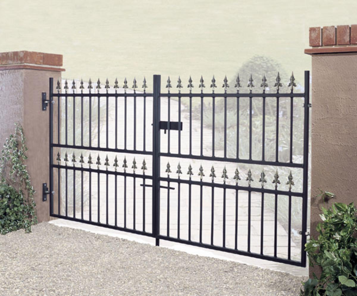 Wrought Iron gates - Iron driveway gates - Corfe double gate