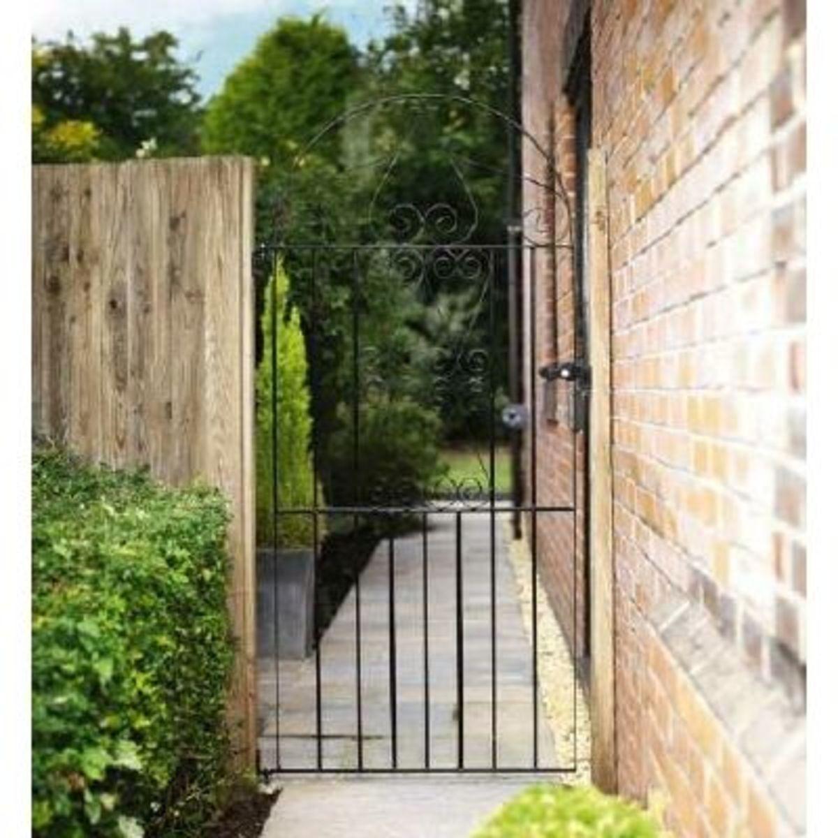 Wrought Iron gates - Tall single side entrance iron gates - Basic bow top gate