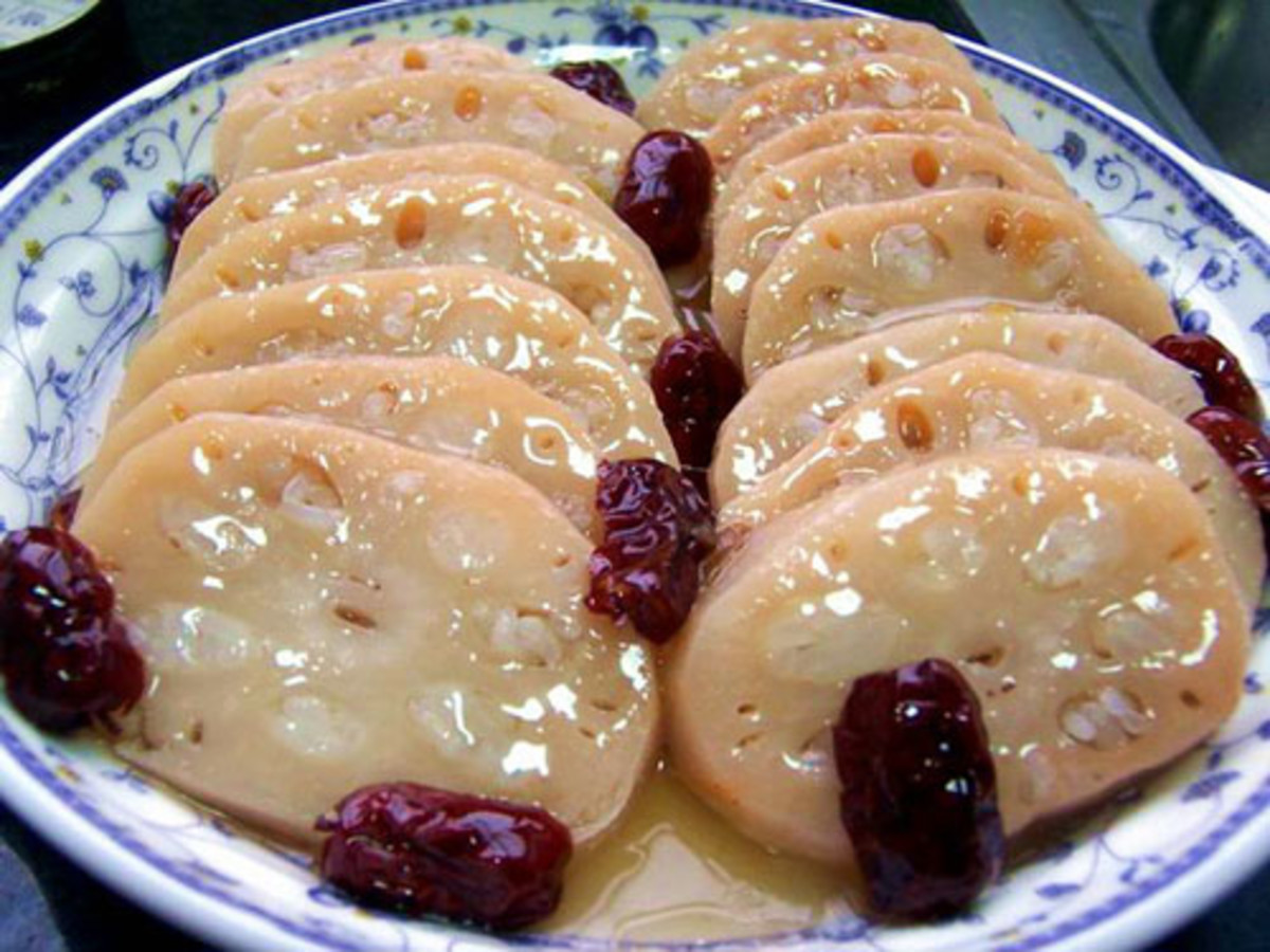 Chinese style sweet lotus root stuffed with glutinous rice