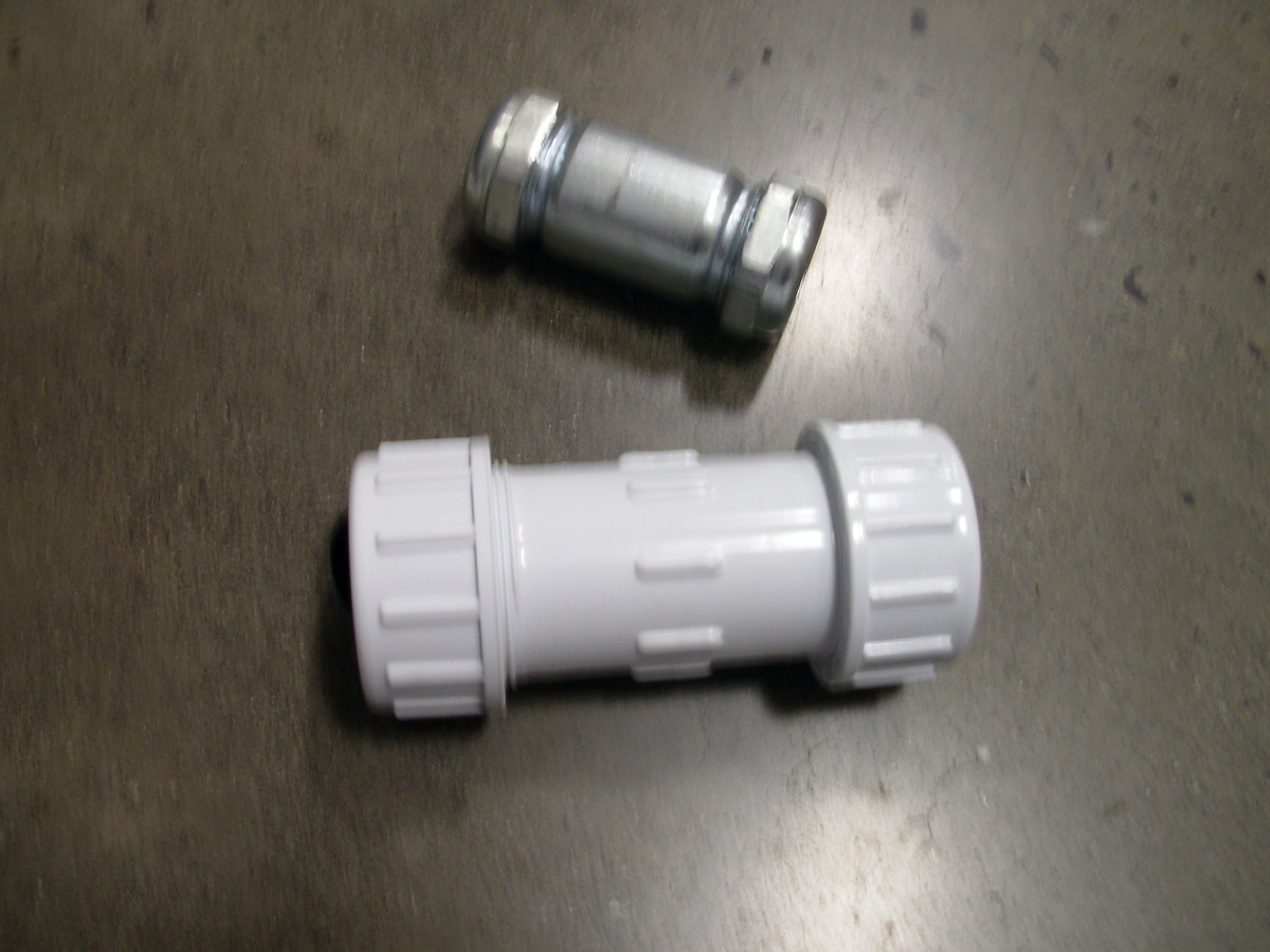 Dresser couplings come in a variety of sizes and from different manufacturers