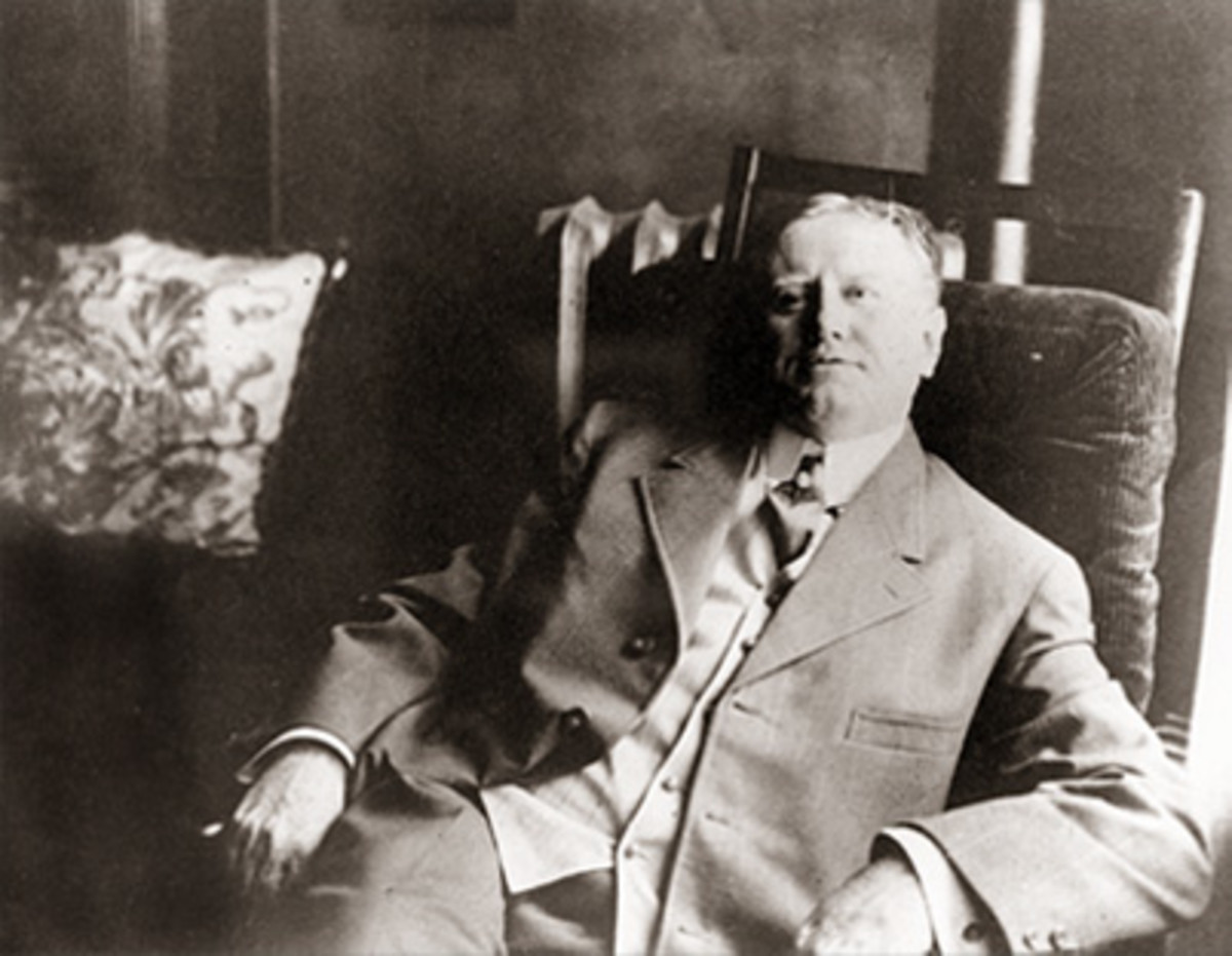 The Texas General Land Office's celebrity draftsman: William Sydney Porter. This is from 1909 during his only interview a year before his death from alcoholism. He usually shunned attention.