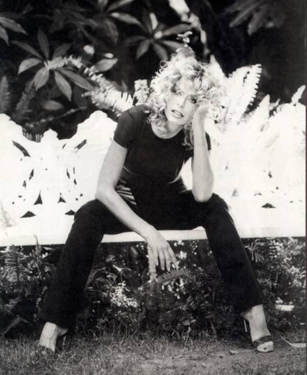 Classic black & white pic of Farrah Fawcett