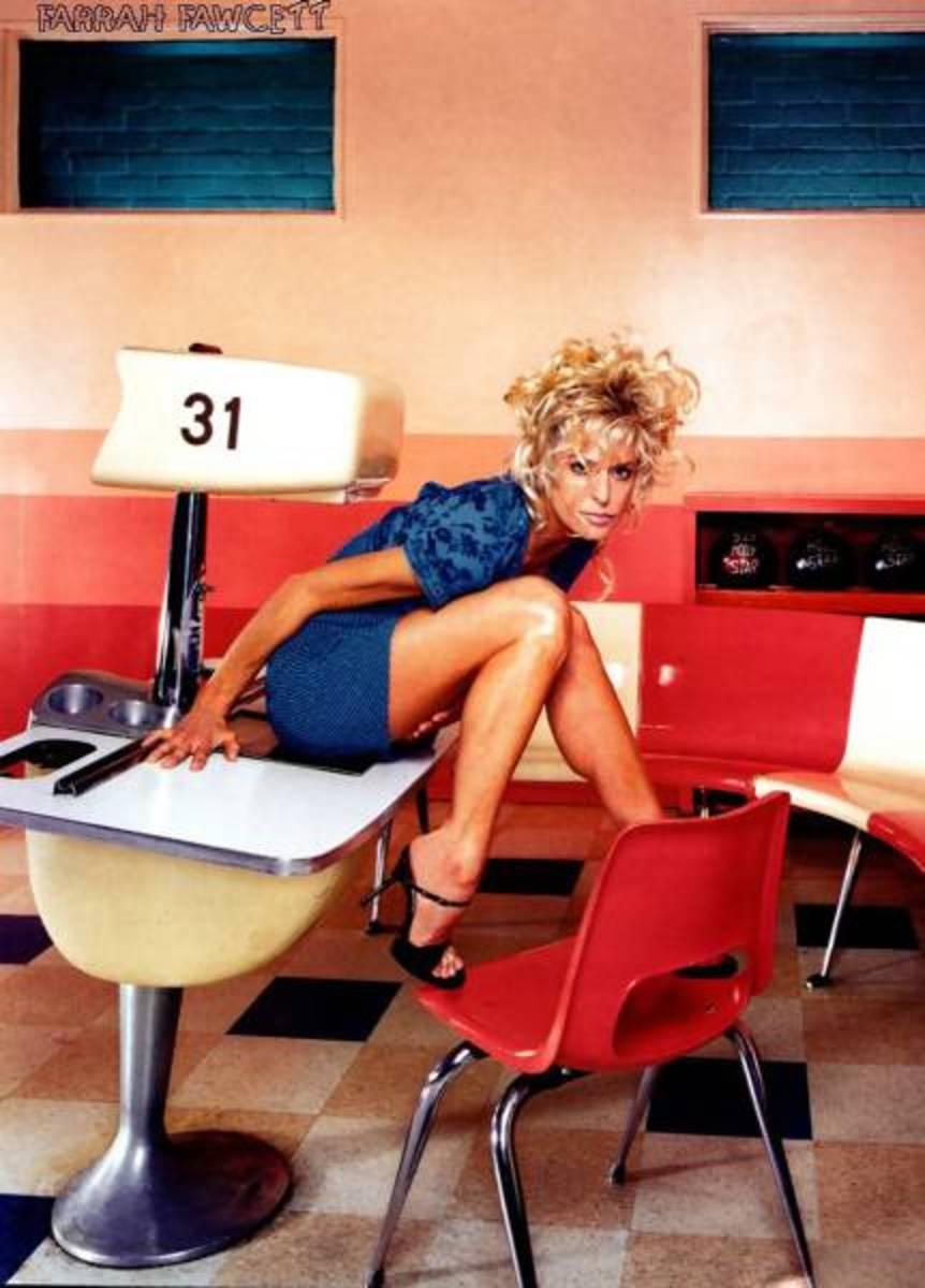 Hot pic of Farrah Fawcett in a classroom