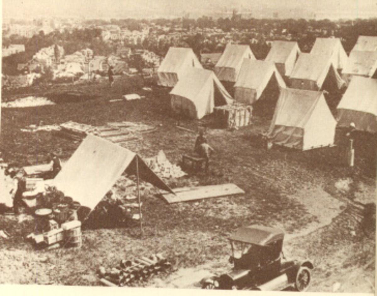 An emergency flu hospital in tents, America, 1919.