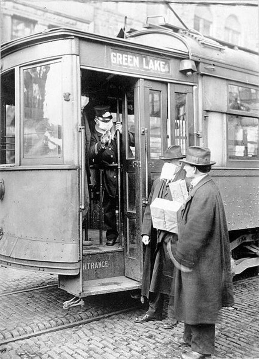 A tram in Seattle, 1918