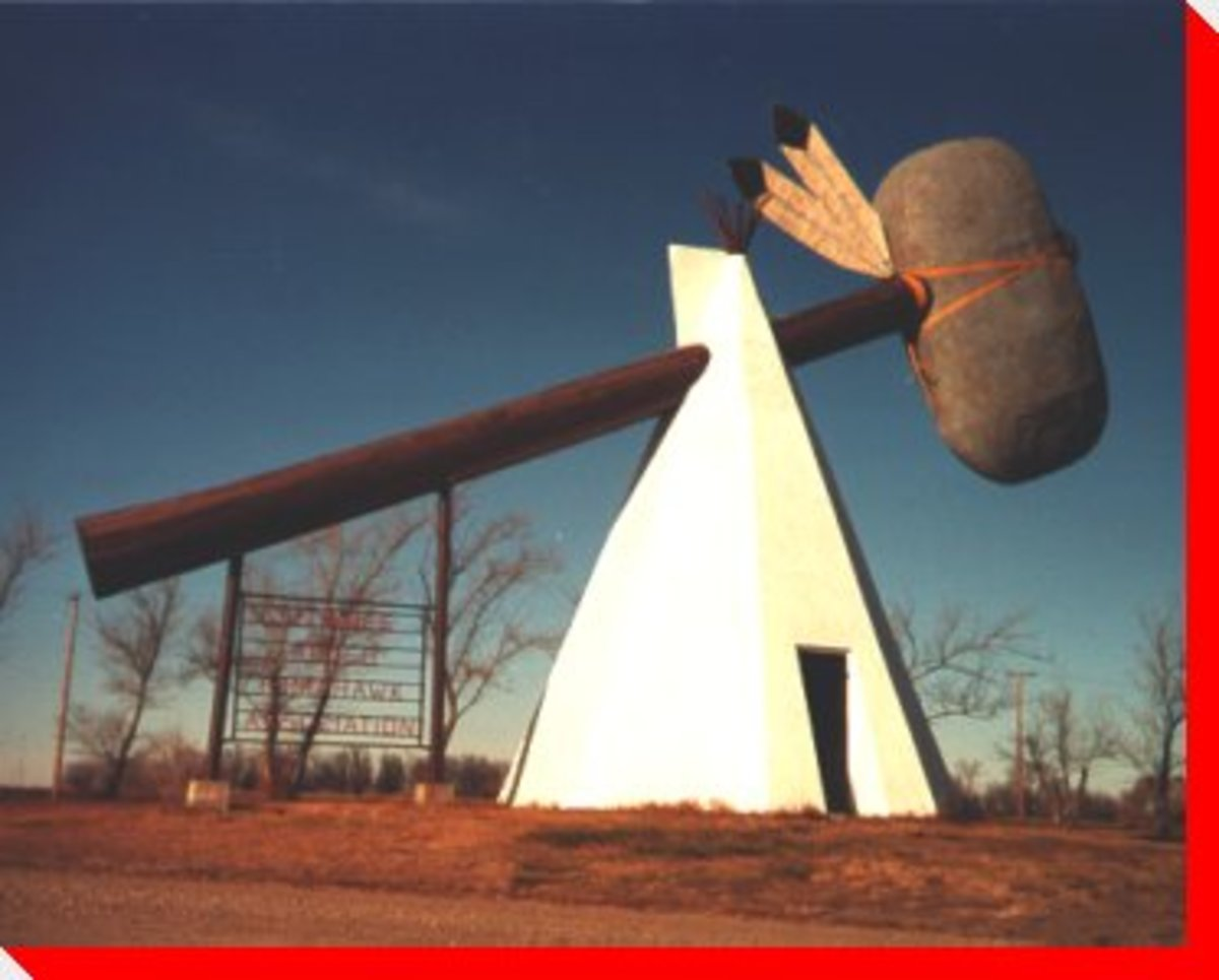 canada-roadside-attractions