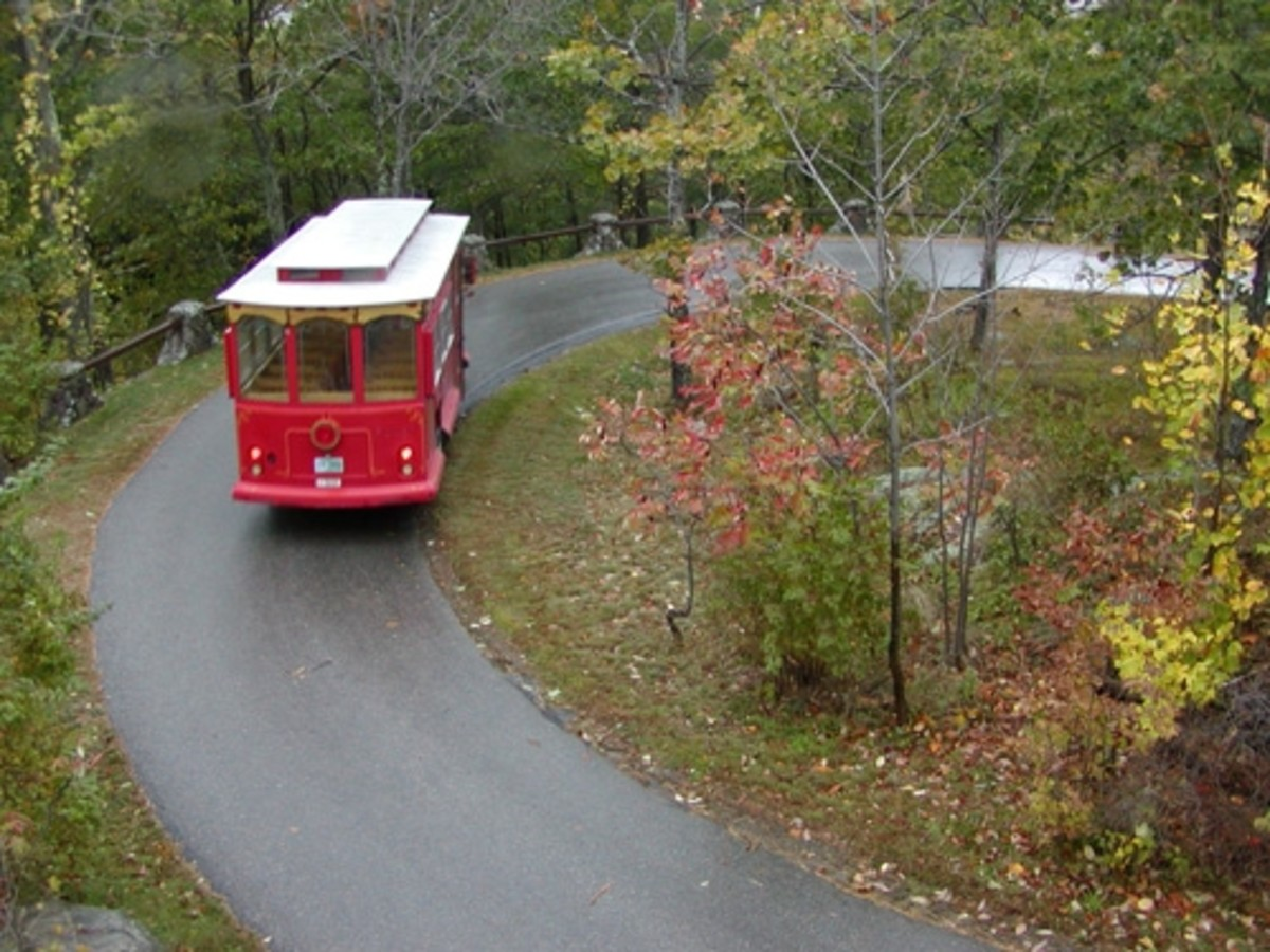 After parking your car in the visitor's lot near Castle Springs bottling plant, you take a short trolley ride to the Castle in the Clouds. The grounds have been maintained much as they were when the estate was built. The former stable is restored and