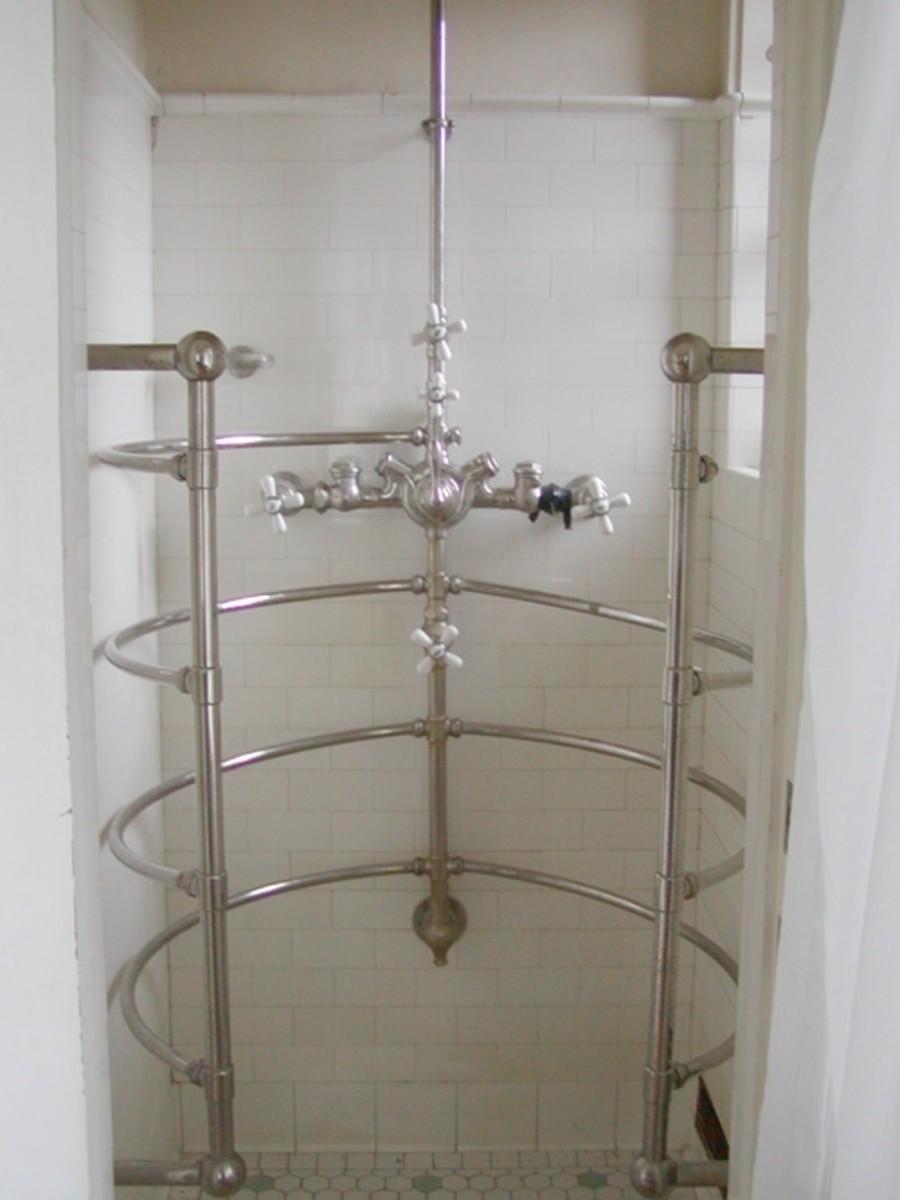 Luxurious multi-jet shower.