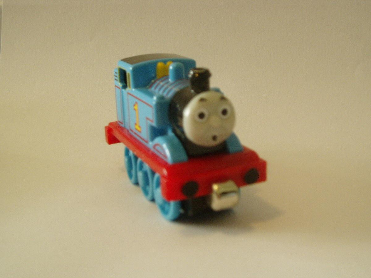 Take Along Thomas Face View 2