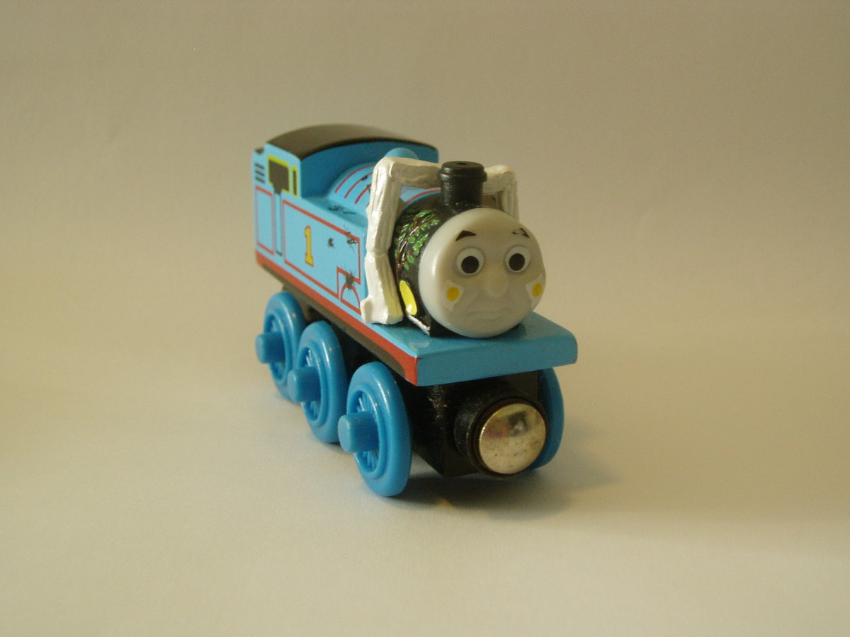 Wooden Thomas Comes to Breakfast