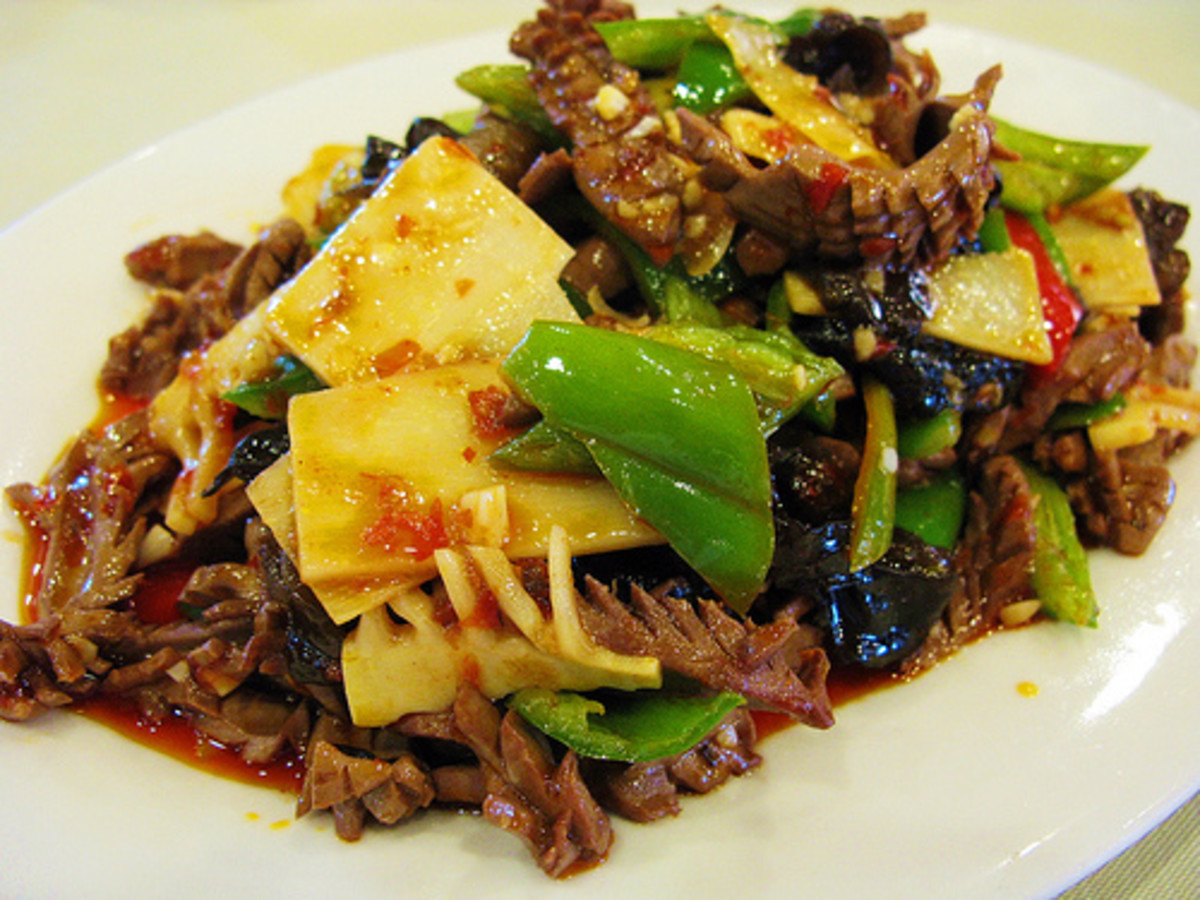Pork Kidney Stir-Fried with Vegetables (Photo courtesy by WQ from Flickr)