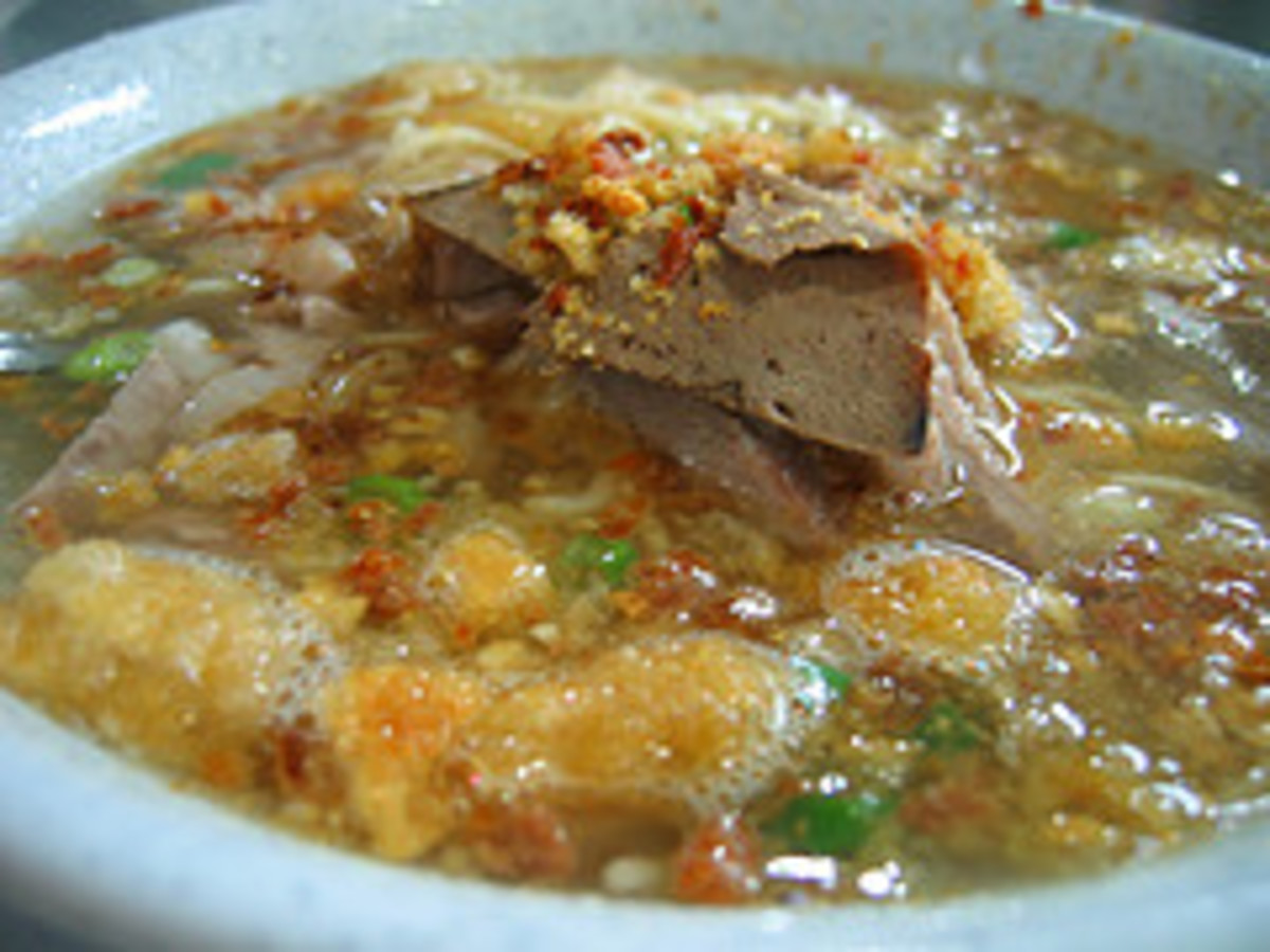 'Bachoy' - Liver, Kidney, and Other Meat Parts Sauteed in Ginger and Spices (Photo courtesy by euniceiscrazy from Flickr)